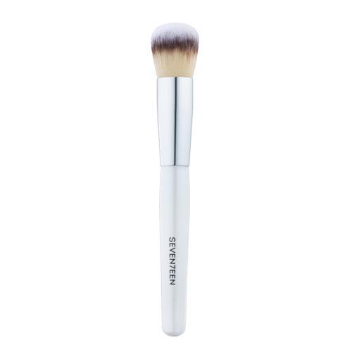 seventeen foundation brush
