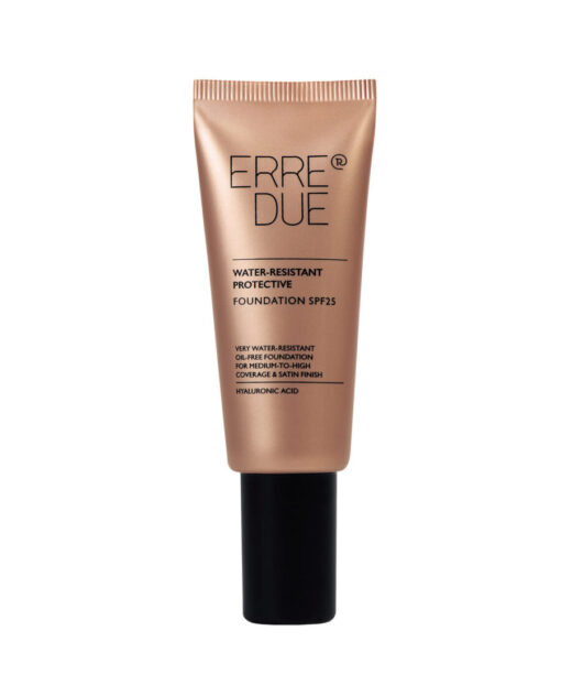 water resistant protective foundation spf25 001 900x1115 1
