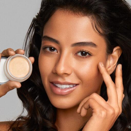 cream foundation 2